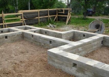 Фундамент для строительства домов