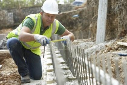 Если куплен участок с готовым фундаментом. Выверка фундамента и годность его под возведение дома