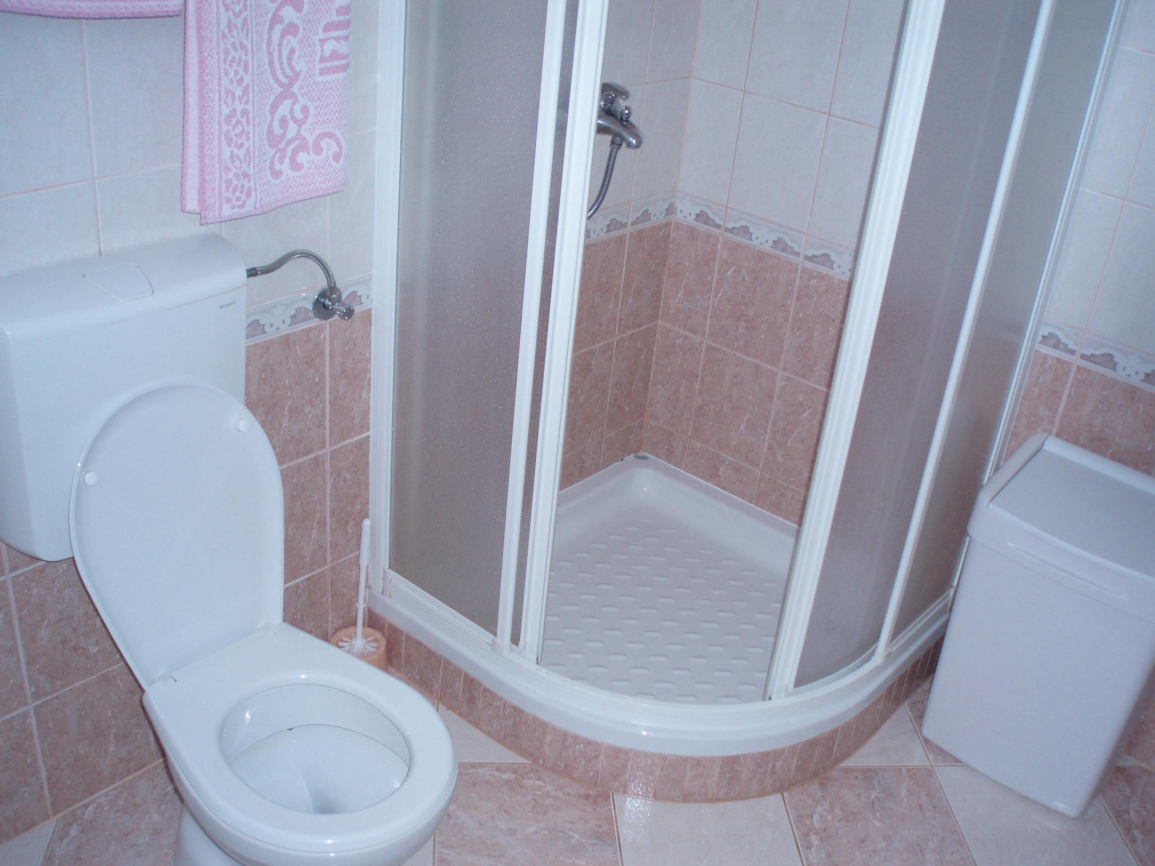 Делаем уютной малогабаритную ванну